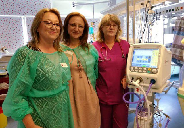 Salvați Copiii a donat maternității din Sibiu un ventilator neonatal performant