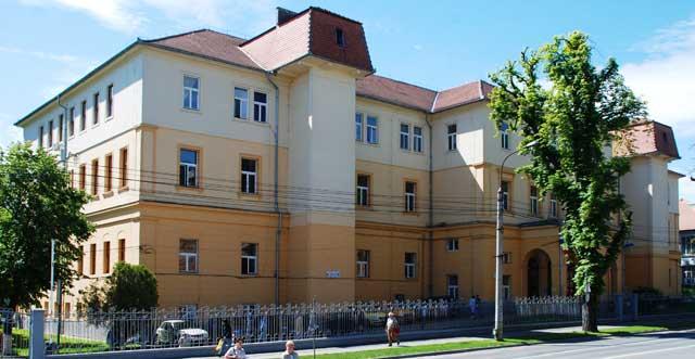 Medicii SCJU Sibiu, interesaţi de educaţia medicală continuă
