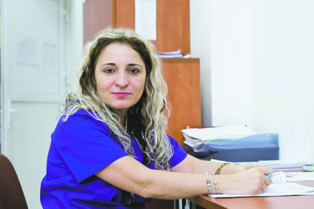 """Mesajele medicilor sibieni din """"linia I"""":  """"Lupta împotriva infecției cu SARS CoV-2 se duce în spital și se câștigă în societate"""" """"A acționa cu responsabilitate față de propria persoană și față de cei din jur este primul și cel mai important mijloc de prevenție!"""""""